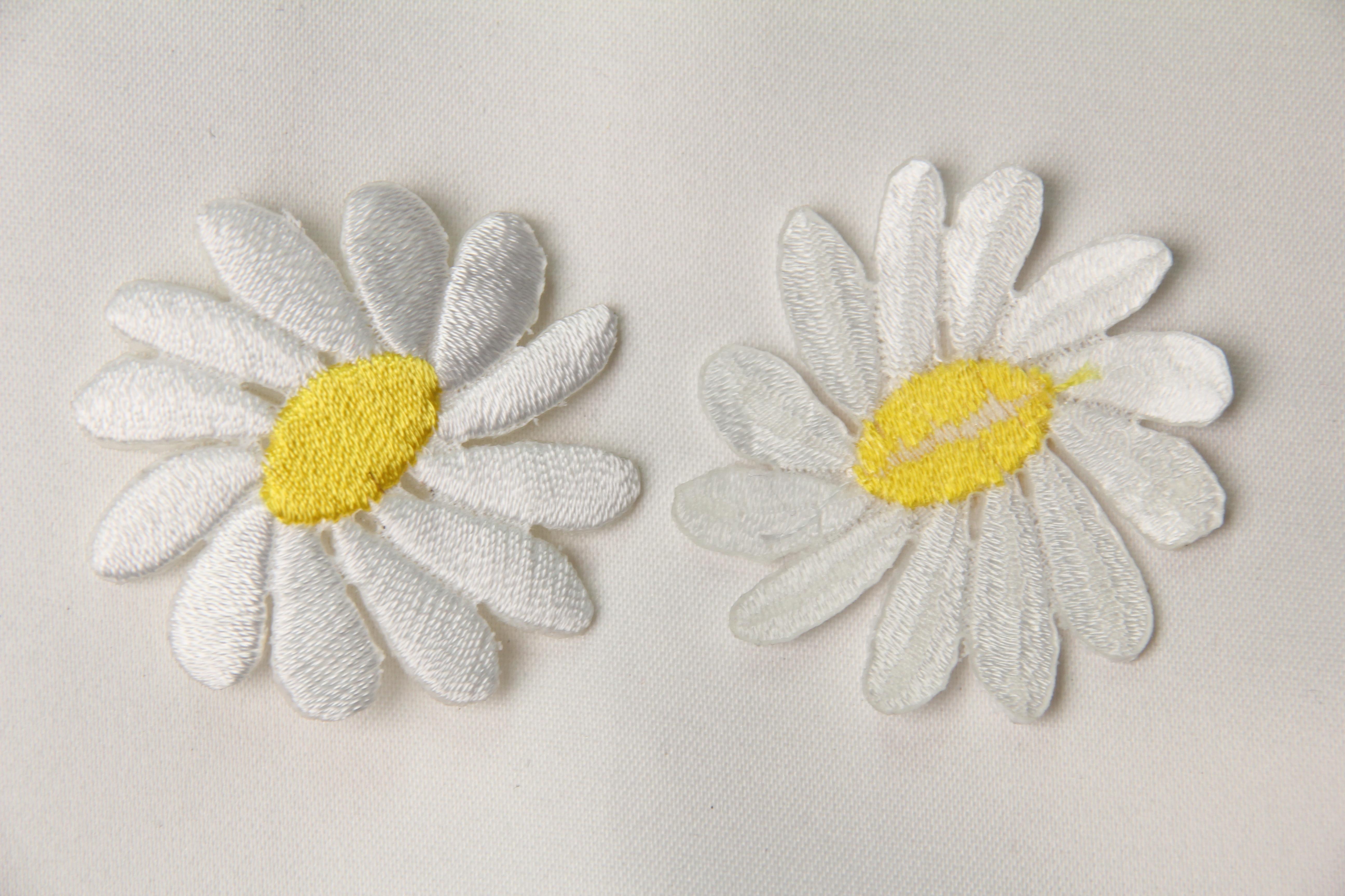 Fleur thermocollante 6cm